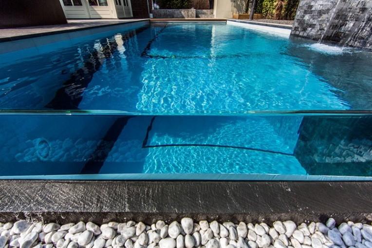 piscina-em-vidro-projetada-por-centric-design-group
