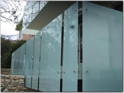 pl1491608-milk_white_tempered_safety_laminated_glass_for_balcony_6mm_8mm_10mm_thickness