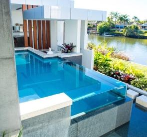 glass-swimming-pool-design
